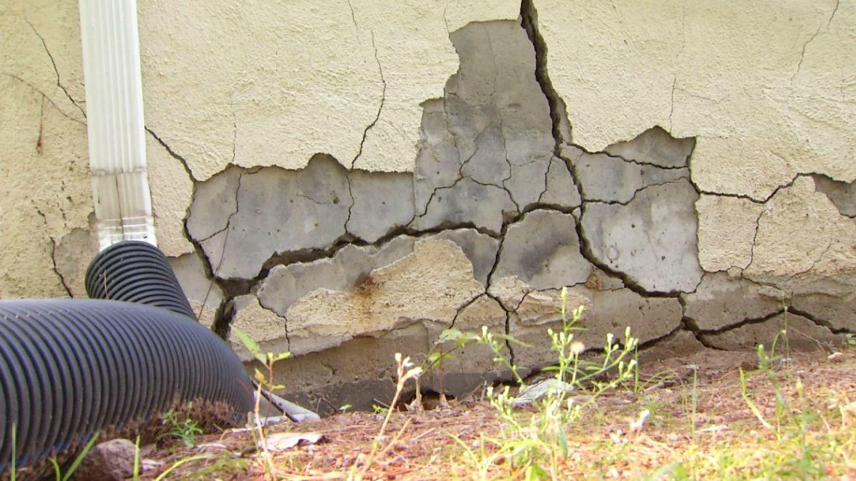 -Sky Stucco Systems resources-8 Tips for Repairing a Foundation Crack in 2020