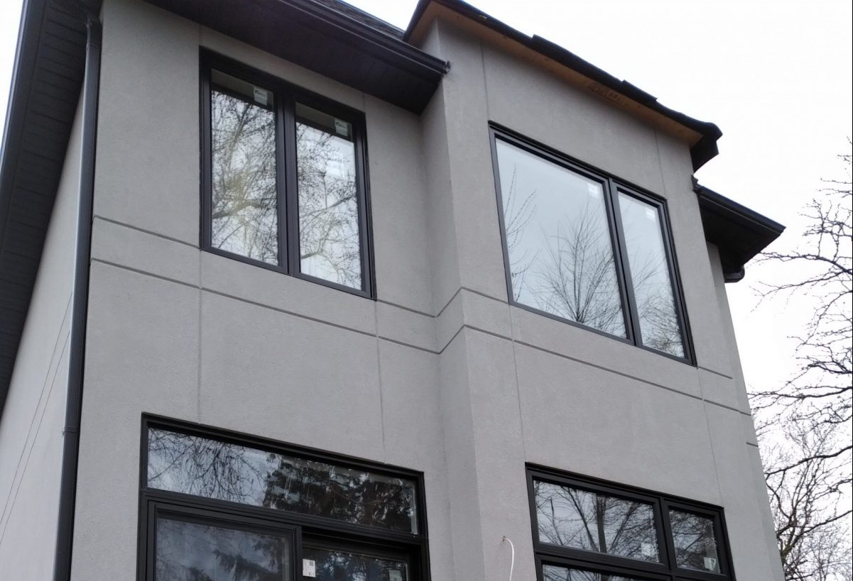 Image of an Exterior Stucco Instalation In mississauga
